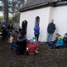 Maiandacht bei der Wartsteinkapelle - bei Regen- und Schneeschauer © M. Löffelberger